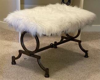 Faux Fur Vanity Seat/Bench18x27x19inHxWxD
