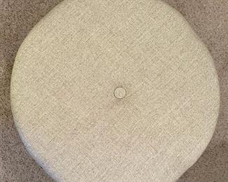 Round Ottoman16in H x 24in diameter