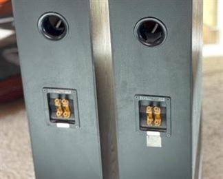 Monitor Audio Silver 9i  Floor Standing Speakers Pair37.5x8x10.5inHxWxD