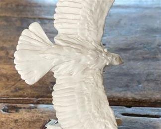 Giuseppe Armani  White Soaring Resin Eagle Figure7x5x5inHxWxD