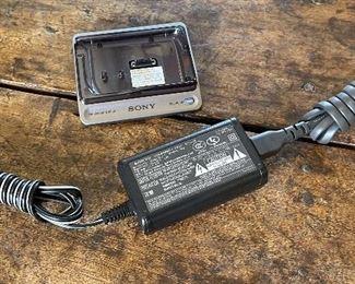 Sony DCR-SR80 Digital Video Camcorder w/ Charge Station