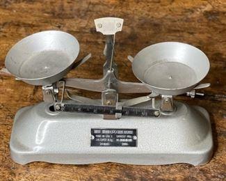 Tricle Brand Table Balance Sanghai China Scale5x8x3inHxWxD