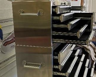 HammerHead LX Tool Box Stainless Steel 41in 19 Drawer 2002-180062x46x19.5inHxWxD