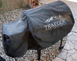 Traeger JUNIOR Wood Pellet Grill  BBQ055.0436x36x16HxWxD