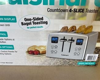 New in the box CUISINART Model RBT-875PC Countdown 4 Slice Stainless Steel Toaster 1800W