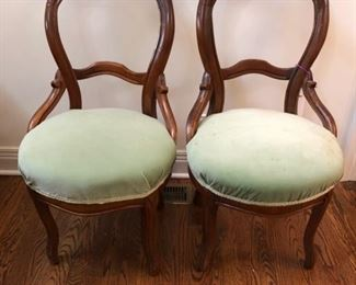 Antique dining chairs. Set of six...one is broken.  They need love!