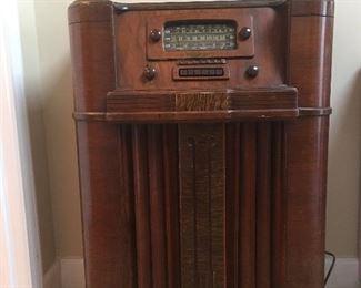 Retro General Electric radio $200.00