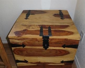 Cedar Wine Trunk