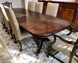 Duncan Phyfe table with 2 leaves and 8 chairs