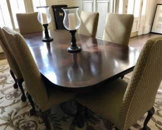 Dining table without the leaves