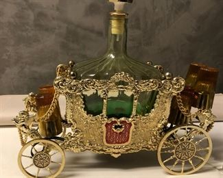 https://www.ebay.com/itm/114636142994LAR9030 Decanter Music Box Carriage Glass and Metal Pickup Only (Does Play)
