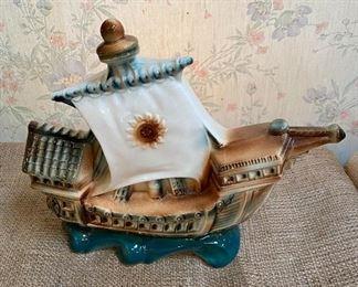 Ceramic figural ship table lamp