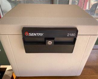Sentry model 2180 safe box