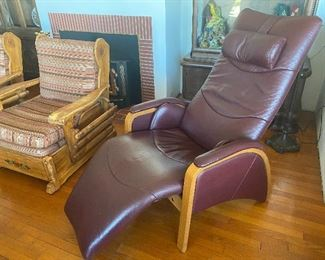 Leather ergonomic recliner chair