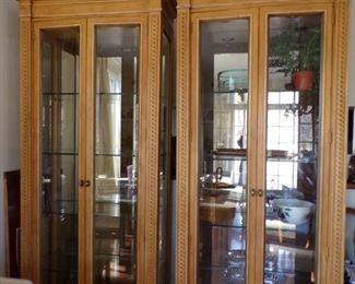 pair Henredon lighted curio cabinet