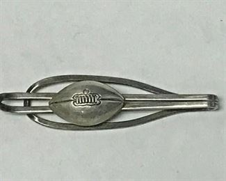 https://www.ebay.com/itm/114658338287HY012 STERLING SILVER TIE CLIP WITH FOOTBALL  Buy-it-Now  $19.99