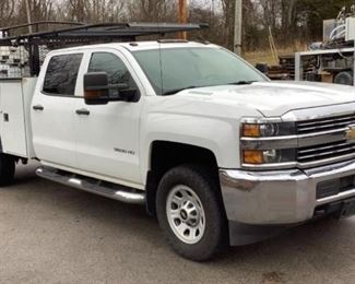 VIN 1GB4KYC88FF571970 Year: 2015 Make: Chevrolet Model: Silverado 3500HD Trim Level: CrewCab 4WD Utility Engine Type: 6.6L V8 Turbo Diesel Transmission: Automatic Miles: 172,458 Color: White Driveline: 4WD Located In: Bristol, TN Operational Status: Runs and Drives *Check Engine Light is On* AC/Heat works Power Windows Power Locks Manual Seat Cloth Interior  **Sold as is Where is**