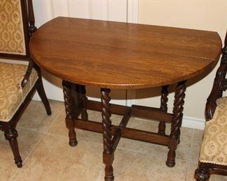 oak drop-leaf, gate-leg table
