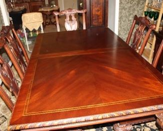 """Broyhill dining table, 72"""" as shown, with two arm- and four side-chairs; plus two 18"""" leaves"""