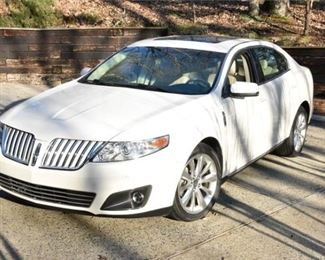 2. Immaculate Lincoln 2009 MKS 35K Miles Original Owner