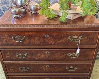 4-drawer chest