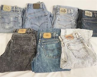 1002LOT OF SEVEN PAIRS OF VINTAGE USA MADE LEVI STRAUSS & COMPANY SILVER TAB JEANS, SIZES ARE; 32 X 34, 27 X 30, 29 X 30, 29 X 32, 28 X 30, 28 X 24, & 27 X 34