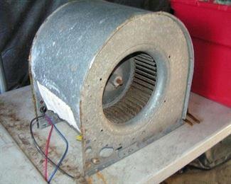 squirrel cage blower