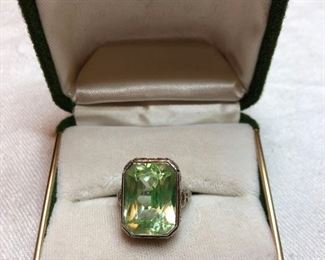 14K ring with stone
