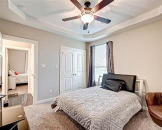 AUCTION SIENNA BEDROOM