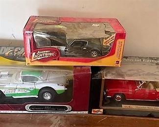 100's of diecast cars