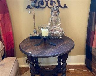 Beautiful round barley twist leg table, misc. decor items.