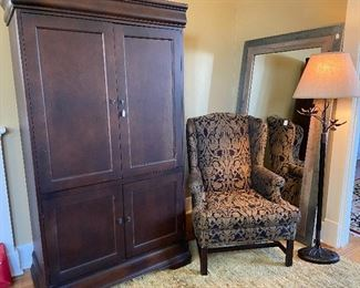 Armoire hutch for TV.