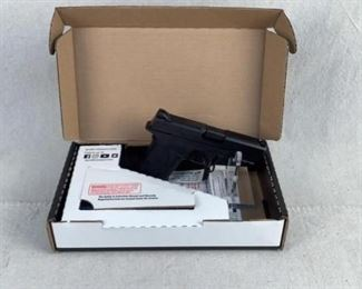 Serial - RJL4667 Mfg - Smith & Wesson Model - M&P 9 Shield EZ Capacity - 8 Magazines - 2 Type - Pistol Located in Chattanooga, TN Condition - 1 - New This lot contains a Smith & Wesson M&P 9 Shield EZ. This is new in the box and comes in the factory box and extra magazine.