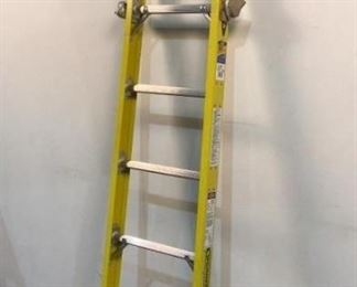 Located in: Chattanooga, TN MFG Werner Model S7906-1 5' Tapered Sectional Ladder Section 375 Max Cap **Sold as is Where is**