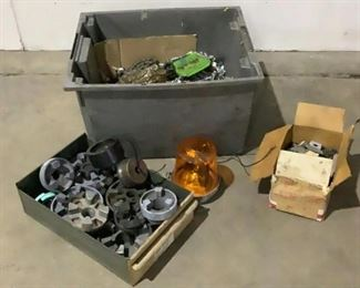 Located in: Chattanooga, TN Assorted Hardware and Motor Couplings Lot Includes: Motor Couplings Automotive Chains Mixed Hardware Signal Lamp **Sold as is Where is**  SKU: L-6-B Bidding opens in 17h 18m