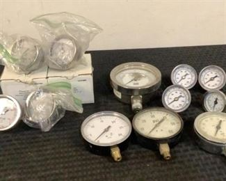 Located in: Chattanooga, TN Assorted PSI Gauges MFR's - USG, Ashcroft, Blac Inc. Max PSI Range From - 30 to 3000 **Sold as is Where is**  SKU: R-5-C