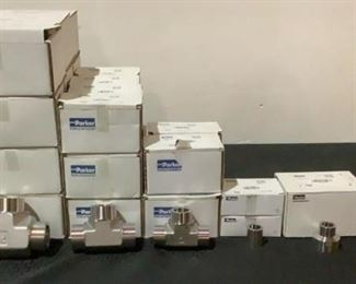 Located in: Chattanooga, TN MFG Parker Boxes of Stainless Steel Pipe Fittings **Some Boxes Are Open And Are Not Full Quantities** Lot Includes: (12) Boxes Of 24 JW-SS (12) Boxes Of 20 JW-SS (4) Boxes Of 16 JW-SS (2) Boxes 12 HW-SS (1) Box Of 20-12 HW-SS (1) Box Of 16-12 HW-SS **Sold as is Where is**  SKU: R-4-C