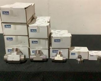 Located in: Chattanooga, TN MFG Parker Boxes of Stainless Steel Pipe Fittings **Some Boxes Are Open And Are Not Full Quantities** Lot Includes: (12) Boxes Of 24 JW-SS (12) Boxes Of 20 JW-SS (4) Boxes Of 16 JW-SS (1) Boxes Of 12 HW-SS (1) Box Of 24-12 HW-SS **Sold as is Where is**  SKU: J-6-B