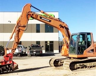 """Located in: Ringgold, Georgia Yr 2010 MFG Doosan Model DX140 LCR Ser# DHKCEBAIAA0005214 Excavator **Attachment is NOT Included** Attachment is Lot 104a Hours - 4,556 **Motor Info Tag is Eligible** Machine Weight - 11,993 Operating Weight - 14,360 Track Width - 27-1/2"""" Wide **Sold as is Where is** Runs and Operates"""
