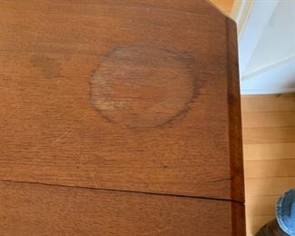 #6eastlake end table pedistal as is crack on top water mark 28x19x28 $75.00