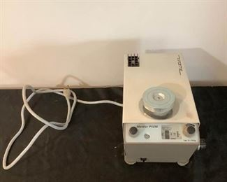 Mettler P1210 Analytical Laboratory Scale