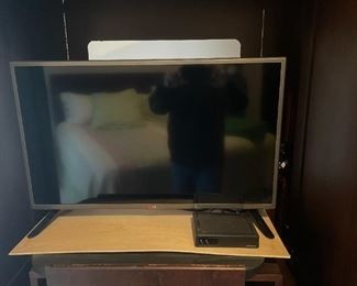 . . a Phillips 32-inch flat screen