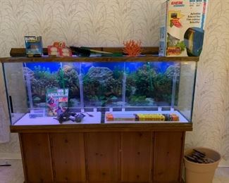 77 GALLON Show TANK with all new  with  all the Accessories