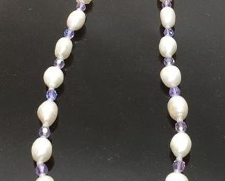 FRESH WATER PEARL NECKLACE, MAGNET CLASP