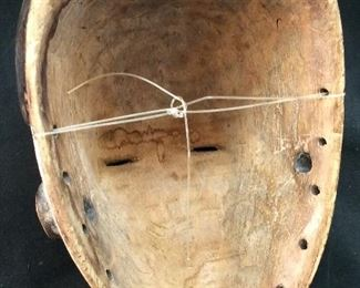 ANTIQUE AFRICAN TRIBAL MASK HAND