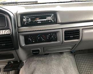1995 Ford F350 XLT SuperCab 7.3L PowerStroke Turbo Diesel Dually (Mileage 157,926)