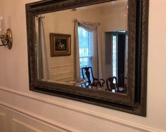 HEAVY PLATE GLASS MIRROR IN WOOD FRAME.