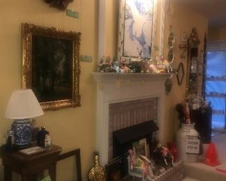 PREVIEW PHOTO ~ Items Located In Living Room