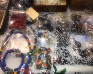 PREVIEW PHOTO ~ Items Located In The 2nd Bedroom ( 2nd Floor)