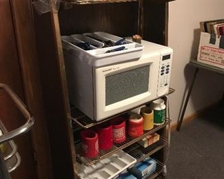 Great microwave and cart